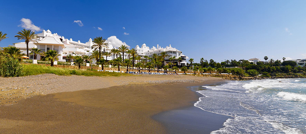 2. HES Panoramic view of the hotel facing the sea