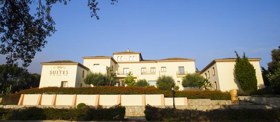 San Roque Suites Hotel