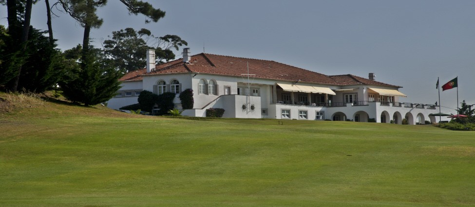Estoril 18th to Club House